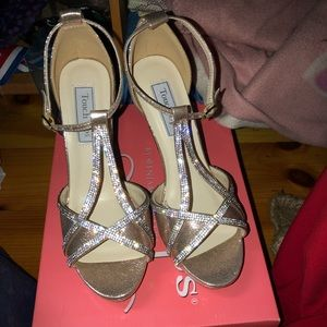 NEW OpenToe T-Strap Harlow Prom Shoes (8)